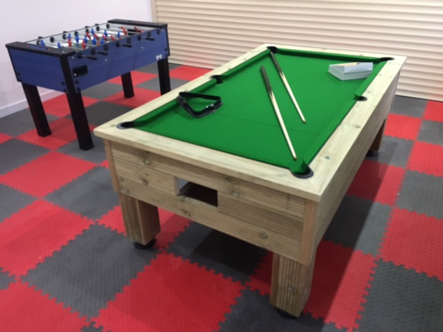 7ft Rustic Outdoor Pool Table